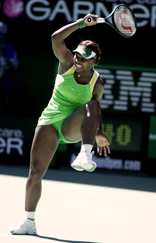 Serena Williams battles against Nicole Vaidisova in Melbourne, Australia yesterday.