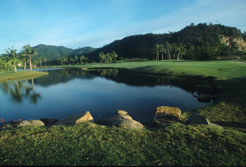Malaysia has excellent golf courses scattered around the country. Golfing holidays are becoming trendy and combine splendid golf courses with many oth...