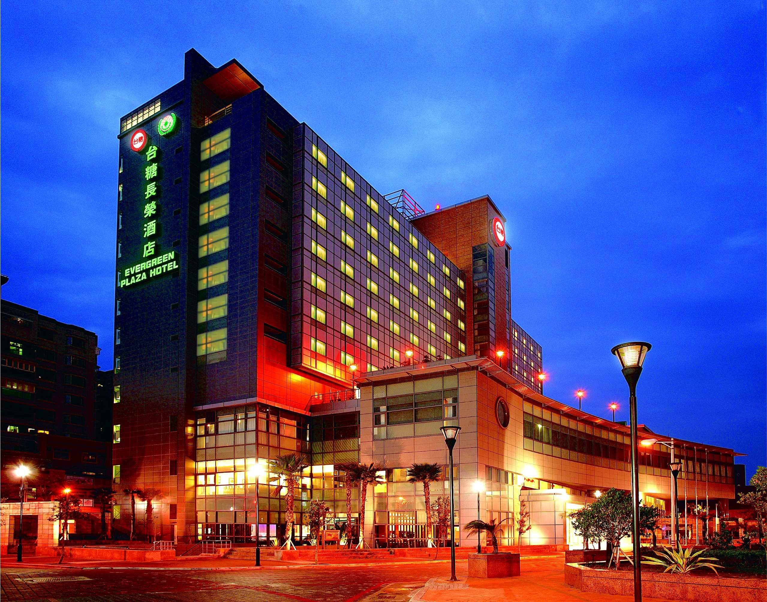 十月菁鑽之星在台糖長榮酒店,送米其林三星古蹟之旅