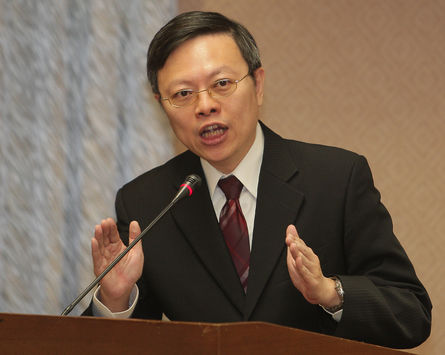 Wang Yu-chi: APEC the only place Ma and Xi might meet