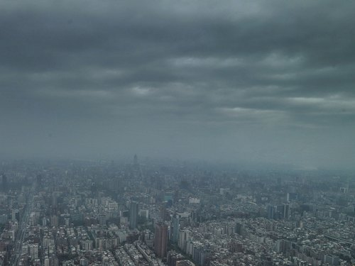 Extreme torrential rain warning issued for Taipei