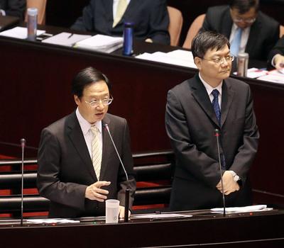 Premier Jiang warns against cyberattacks from China