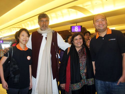 """Nobel Peace Prize laureate Kailash Satyarthi left a piece of his heart in Taiwan Sunday and promised to """"leave a bigger piece of my heart here"""" next t..."""