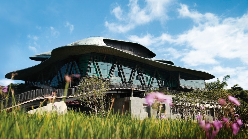 New Cloud Gate Theater inaugurated in Tamsui Sunday