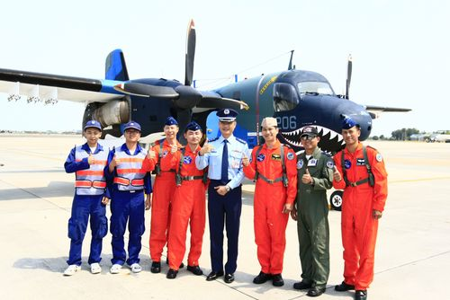 A S-2T anti-submarine aircraft that had played a significant role in the defense of Taiwan against China has been decommissioned from service, but wil...