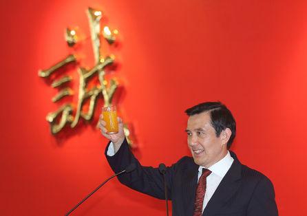 Prosecutors will not take up cases against president, ex-president