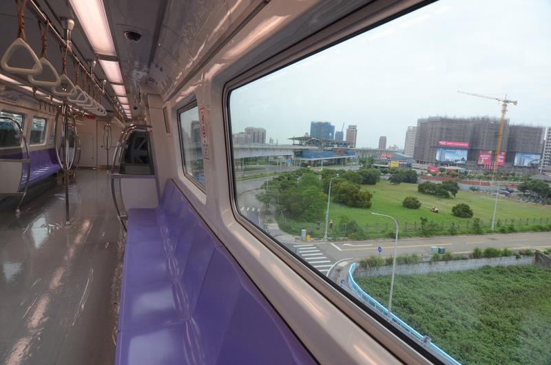 Airport MRT could face delay into 2016