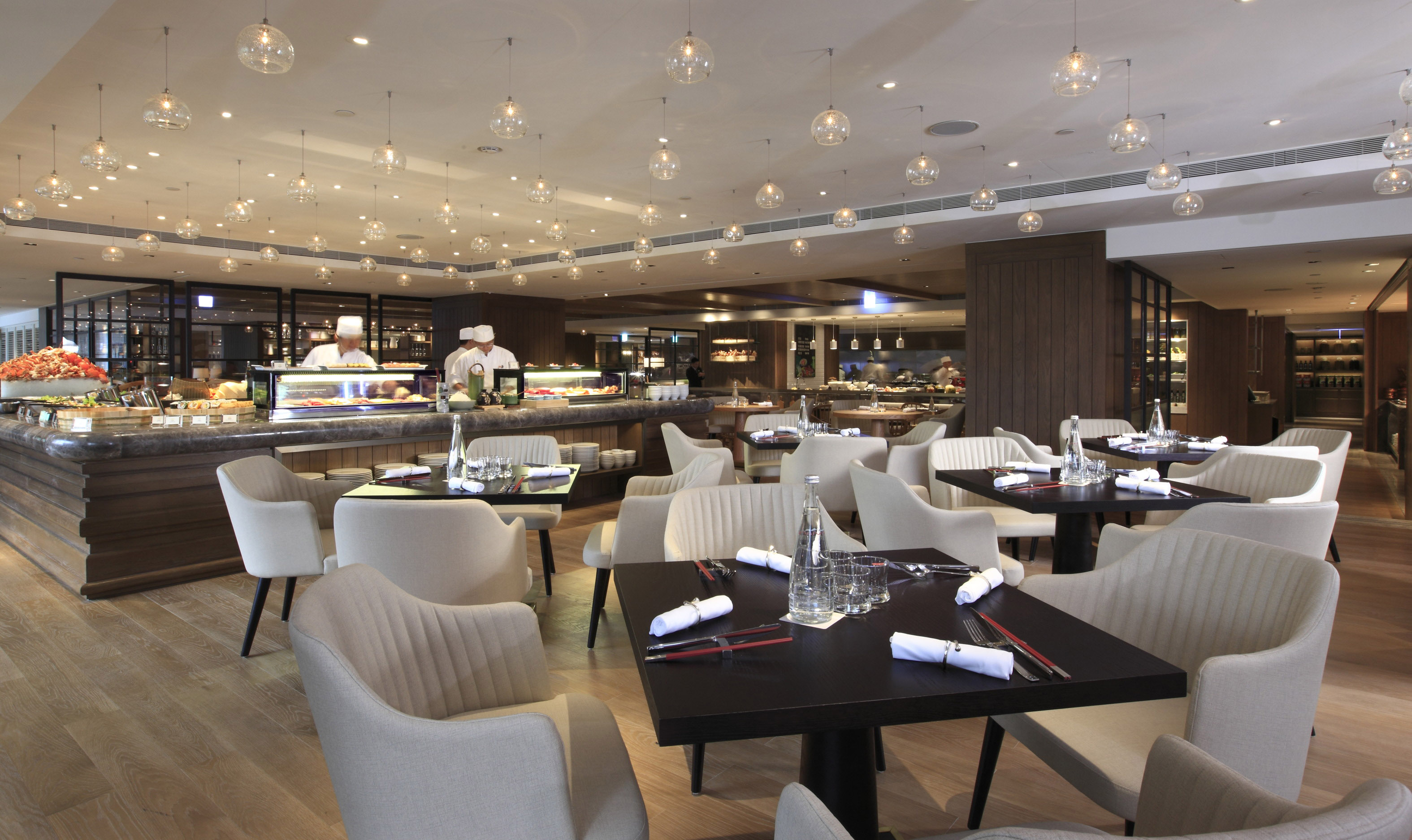 Lunch or dinner buffet at Café  for one person (valid daily); afternoon buffet at Café for one person (valid daily).
