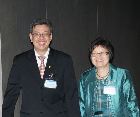 In this file photo dated July 1, 2014, Academia Sinica Vice President Chen Chien-jen (left) was accompanied by his wife at a dinner party.