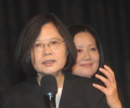 Tsai: Wang's apartment controversies raise creditability concerns