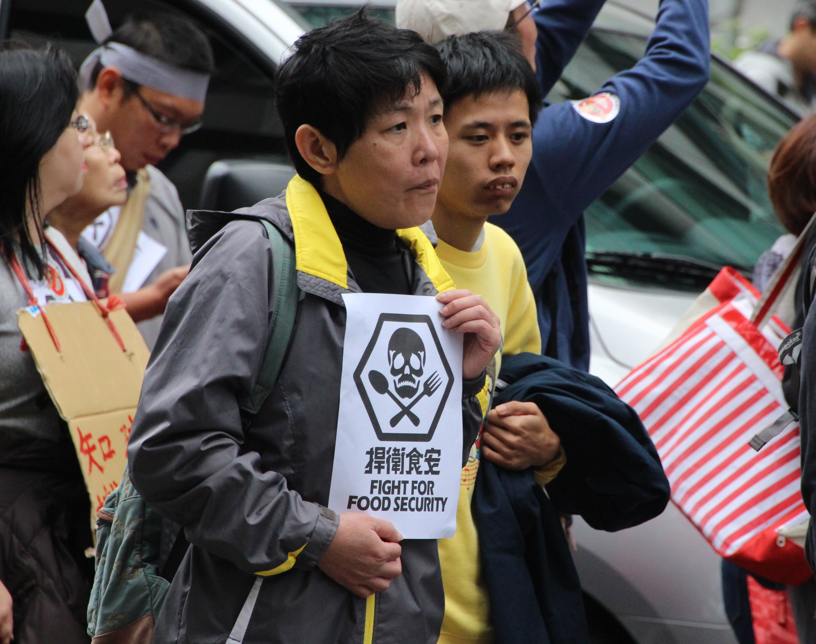 Grayshirts protest for food safety
