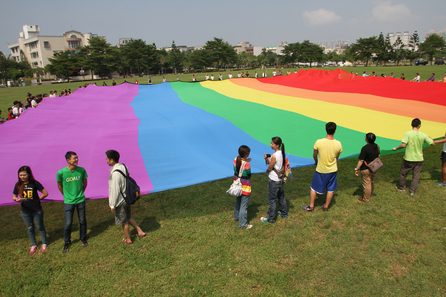 Activists demand Tainan allow registration of same-sex partnerships