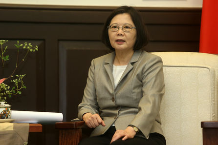 Approval for Tsai drops below dissatisfaction