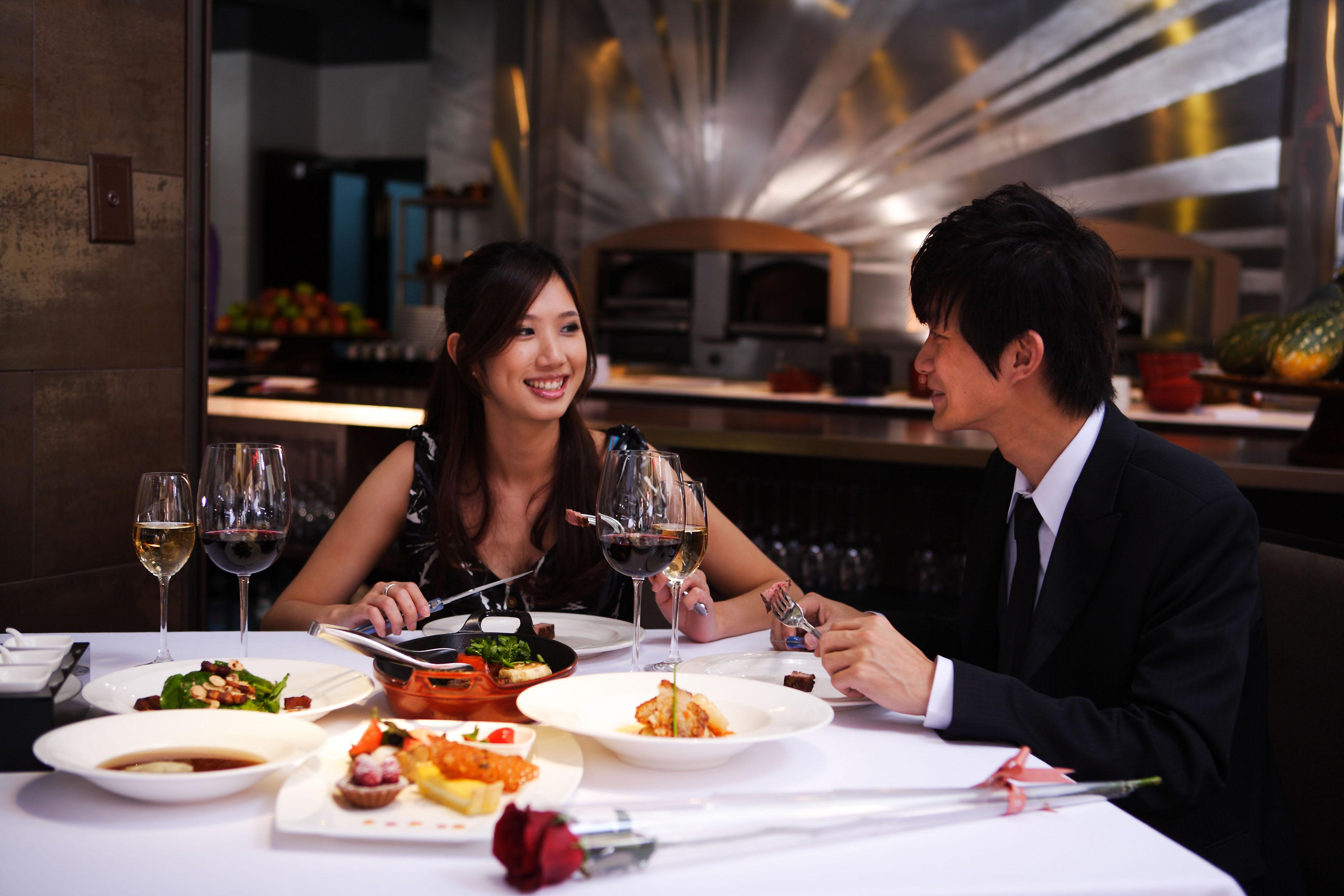濃情蜜意 七夕中西式情人饗宴 美酒佳餚伴您浪漫情人夜