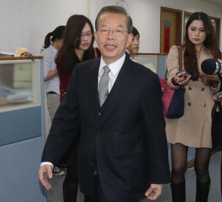Ex-Premier Hsieh confirms Japan posting