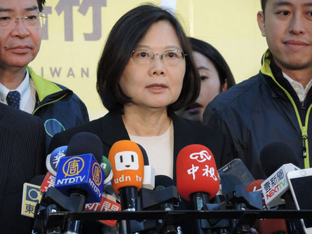 Poll shows drop in support for Tsai