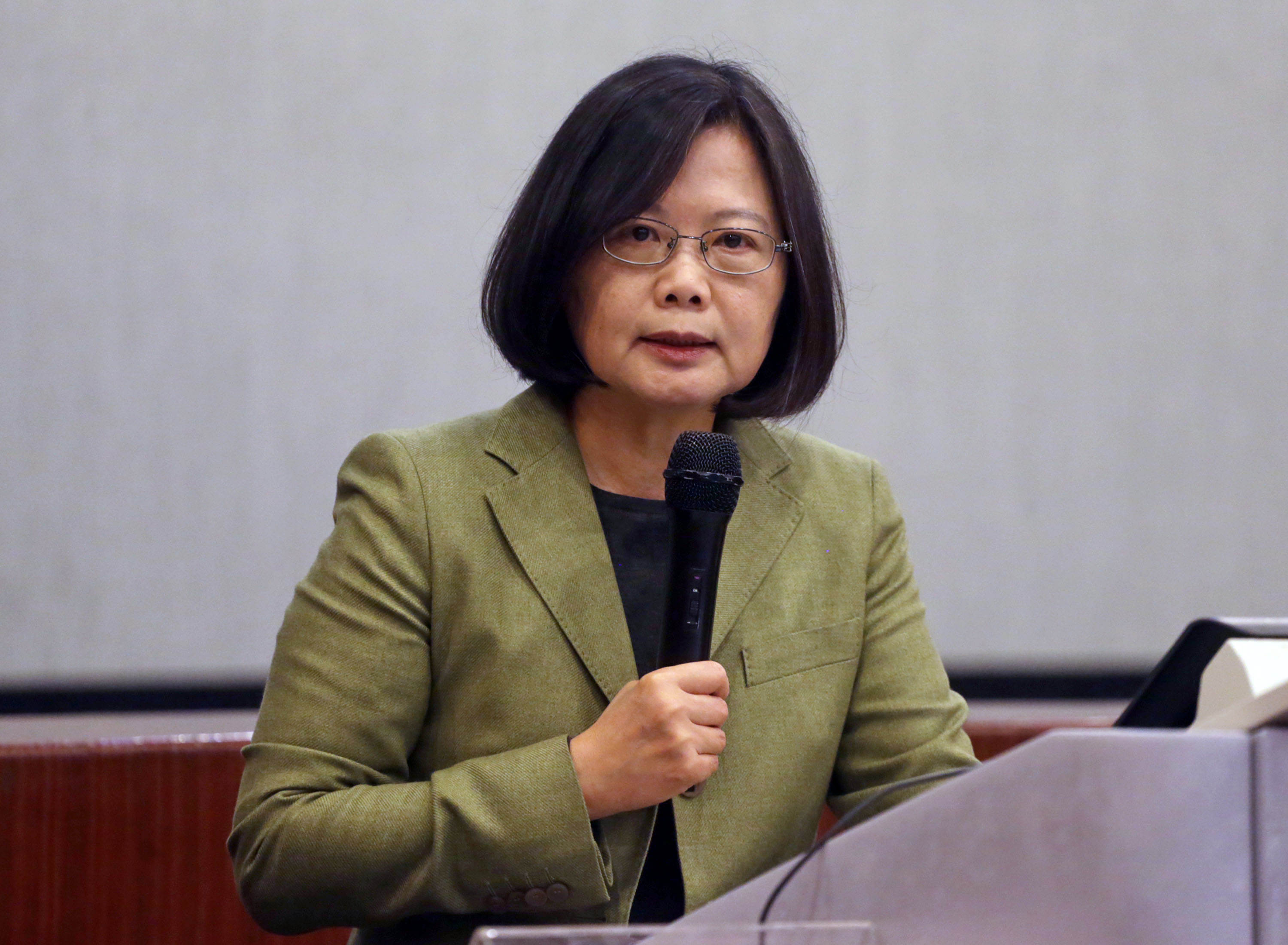 Tsai emphasizes status quo in relations with China