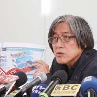 【快訊】行政院要求撤換中華郵政董座 讓PChome完成定約