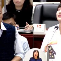 Kaohsiung city councilor 'benches' Mayor Han for 50 minutes