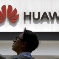 Leading chipmakers to sever ties with China's blacklisted Huawei Technologies Co.