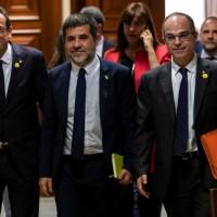 獄中當選西班牙國會議員 加泰隆尼亞5名獨派領袖短暫離監宣誓就職