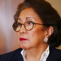 Ex-Philippine judge says she was held at Hong Kong airport