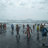 Dangerous winds, waves bring abrupt halt to Yilan ocean swim in N. Taiwan