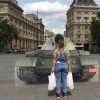 法人權組織紀念六四 巴黎重現坦克人場景