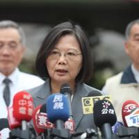 Taiwan president rebukes Hong Kong police for attacking protesters