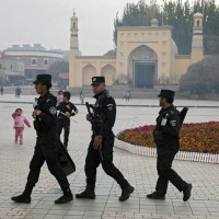 維吾爾人比利時尋求庇護遭阻 中國警察闖入逮人