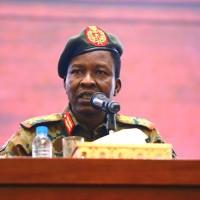 蘇丹臨時軍政府發言人喀巴西(Shams al-Din Kabashi)(圖/ AP)