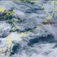 東北亞火山爆發高達一萬多公尺 危害國際航班安全