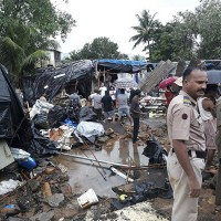 孟買10年來最強降雨致圍墻倒塌  18死66傷