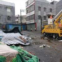 台南也遭龍捲風襲擊?! 2403戶一度停電