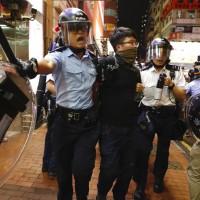 港警徹底失控 九龍旺角暴力清場 路人也不放過