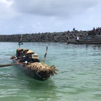 Video shows canoe crew successfully complete voyage from Taiwan to Japan