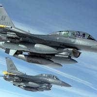 F-16 Fighting Falcons (US Air Force photo)