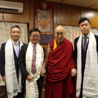 Taiwan's DPP secretary-general visits Dalai Lama in India