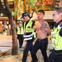 Brawl breaks out after Chinese tourists stare at Taiwanese in Kaohsiung hot pot spot