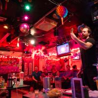 「島嶼酒吧」形塑多元台灣 新住民邀微醺觀眾互動演出