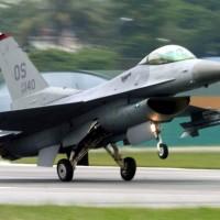 川普批准對台軍售F-16V戰機 總統府:將大幅強化台空防能量