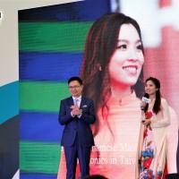 台灣形象展移師越南河內 美女新住民與黃志芳越南語互動