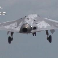 俄軍首架無人戰機 試飛影像公開