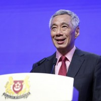 Singapore PM says US cannot stop China's rise, proclaims neutrality in trade war