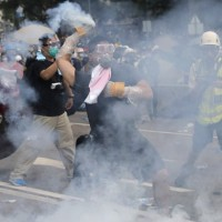 Hong Kong protesters turn to Taiwan amid gas mask shortage