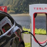 Public transportation greener than Tesla: Singaporean minister