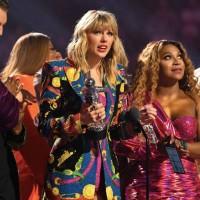 流行天后泰勒絲MTV年度大贏家 向白宮喊話:性別平權!