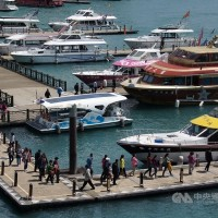 Taiwan mulling four measures to counteract decline in Chinese tourists