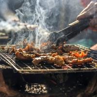 中秋烤肉藏危機 研究:烤肉吃多 恐提高腸躁症風險!