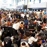 【更新】法西颱風重創日本 成田機場聯外交通中斷如「陸上孤島」